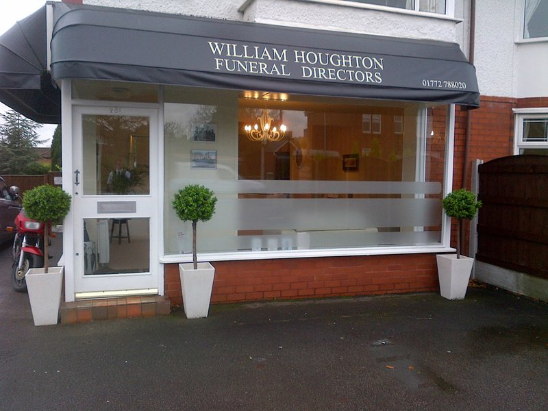William Houghton Funeral Director Fulwood, Lancashire, funeral director in Lancashire