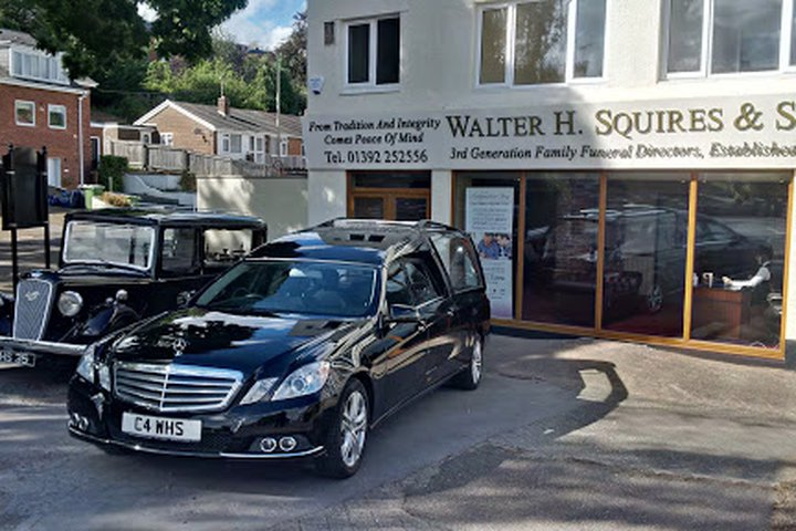 Walter H Squires & Son, Exeter - Exwick