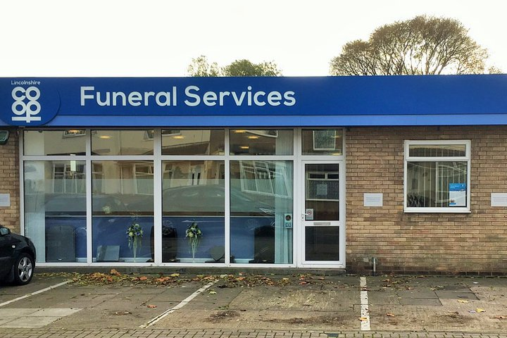 Lincolnshire Co-op Grimsby Funeral Service Home