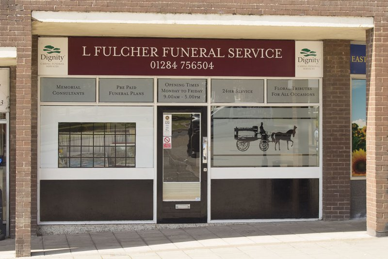L Fulcher Funeral Directors, St Olaves Precinct, Suffolk, funeral director in Suffolk