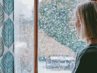 Dear Annie: Painless grief –  am I in denial?