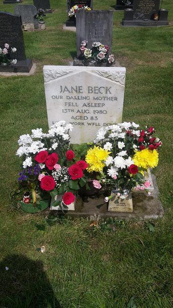 Lovely day to put flowers on for you, hope you like them x