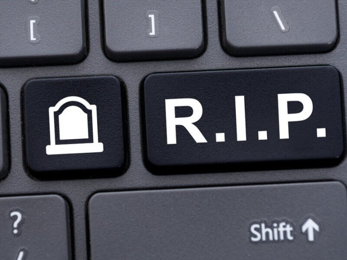 Online grief: A computer keyboard with a key marked 'R.I.P.'