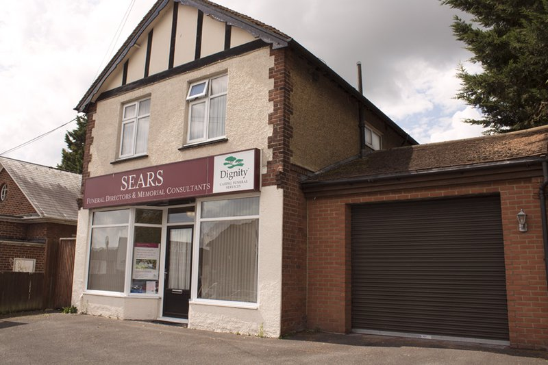 Sears Funeral Directors, Maidstone Fountain Lane, Kent, funeral director in Kent