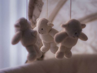 Supporting parents affected by stillbirth or neonatal loss