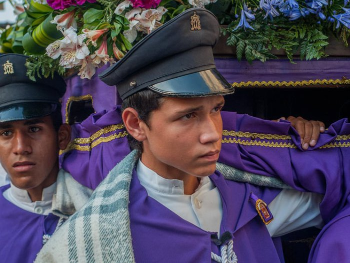 Colours of Mourning in Different Cultures of the World - Funeral
