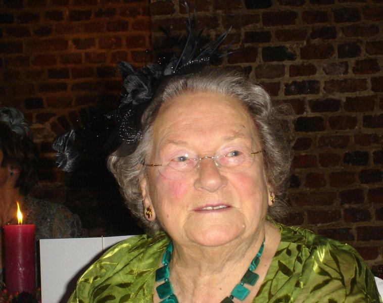 Violet Bowmer