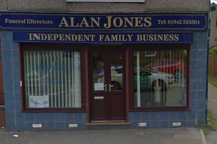 Alan Jones Funeral Directors, Danesbrook House