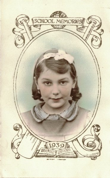 Atte's school photo January 1939. How her life was about to change.