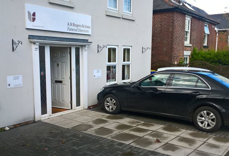 A H Rogers & Sons Funeral Services, Shirley, Hampshire, funeral director in Hampshire