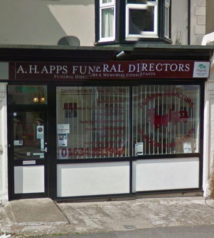 A H Apps Funeral Directors, Gillingham, Medway, funeral director in Medway