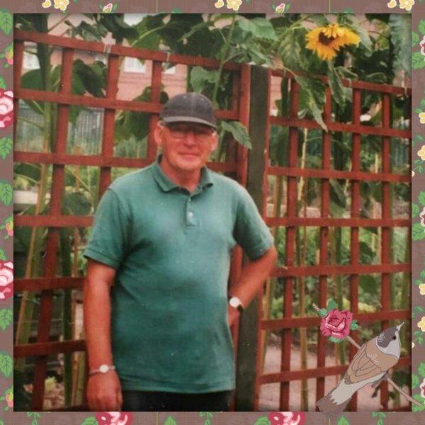 Love &miss u every day dad xxxxx