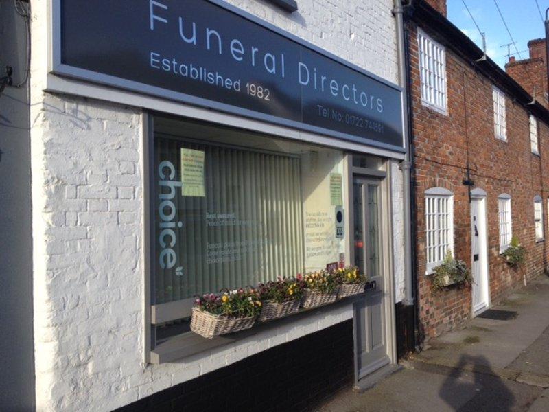 Chris White Funeral Directors, Wilton