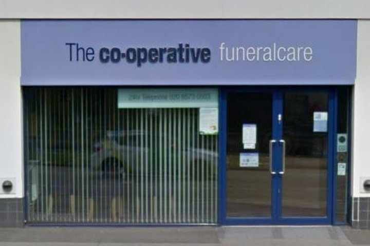 Co-op Funeralcare, Hayes