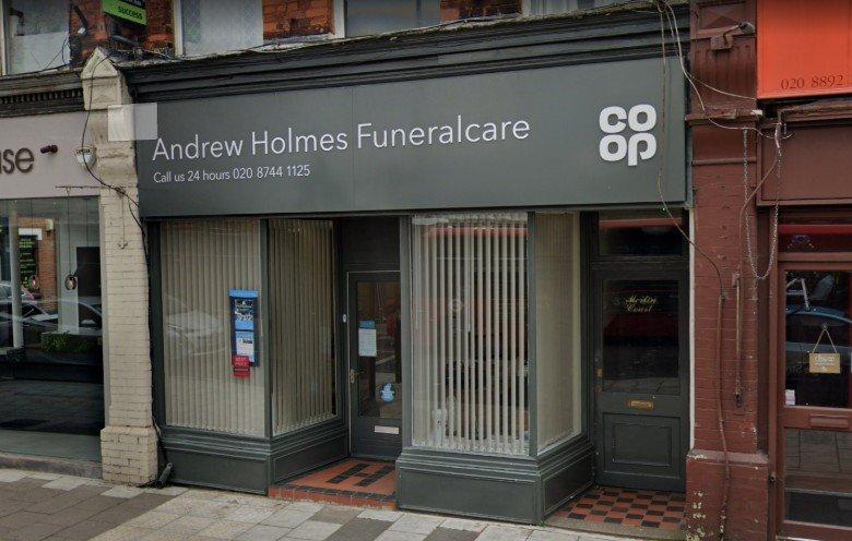 Andrew Holmes Funeralcare, East Twickenham