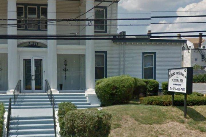 Alvarez Funeral Home, Newark