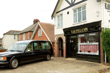 R Gwinnell & Sons, Colchester