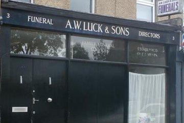 Arthur W Luck & Sons