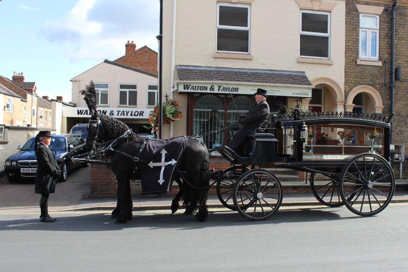 Walton & Taylor Ltd, Warwickshire, funeral director in Warwickshire