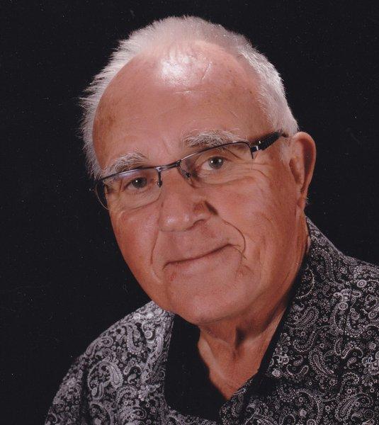Kenneth John   'Ken' Gilmore