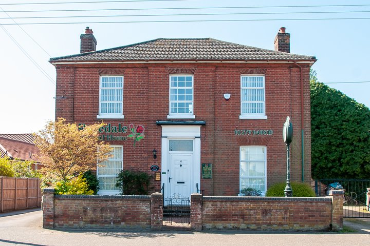 Rosedale Funeral Home, Diss
