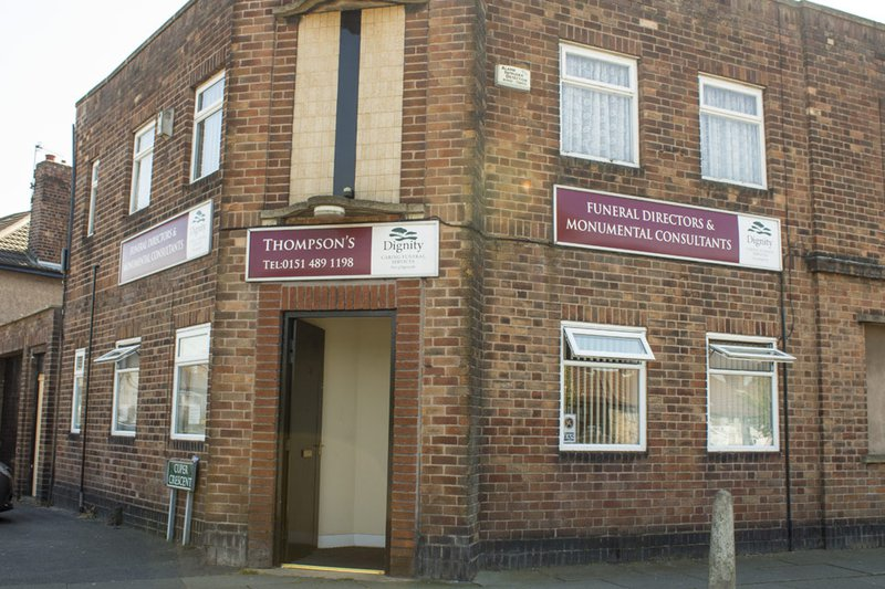 Thompsons Funeral Directors, Huyton, Liverpool, funeral director in Liverpool