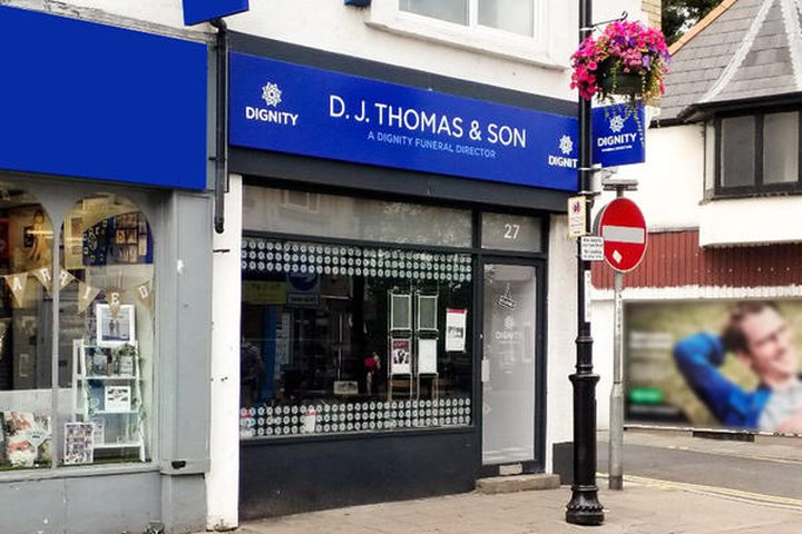 D J Thomas & Son Funeral Directors - Caerphilly