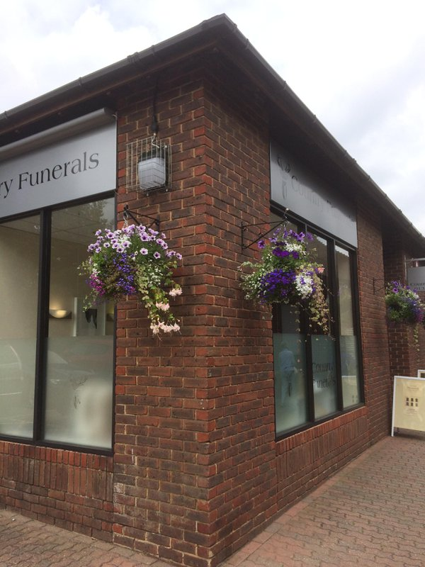 Country Funerals Towcester, Northamptonshire, funeral director in Northamptonshire