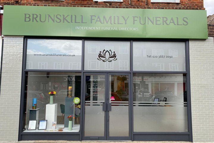 Brunskill Family Funerals, Chessington