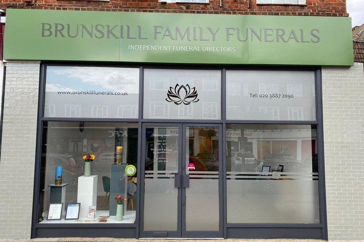 Brunskill Family Funerals, Chessington