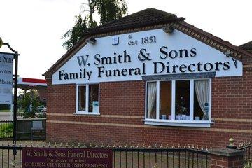 W Smith & Sons (Nuneaton)