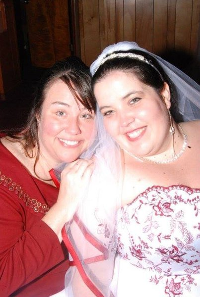 What a beautiful bride you made, sweet girl! Sunburned shoulders and all! :-)
