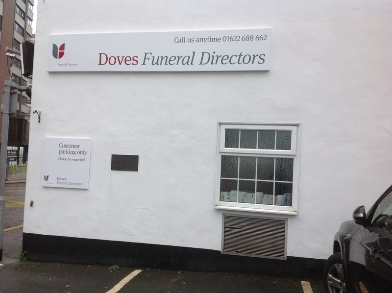 Doves Funeral Directors, Maidstone