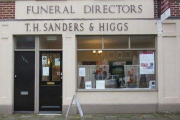 T H Sanders & Higgs Funeral Directors