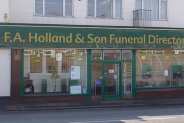 F A Holland & Son, Littlehampton