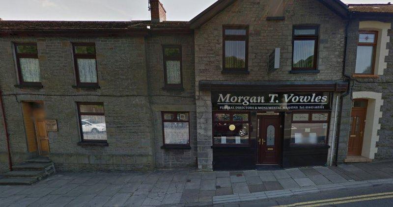 Morgan T Vowles Funeral Directors, Mid Glamorgan, funeral director in Mid Glamorgan