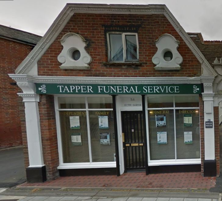 Tapper Funeral Service, Lymington