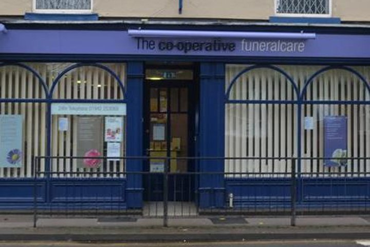 Co-op Funeralcare, Hindley