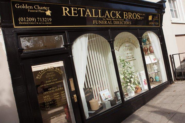 Retallack Bros (Colin Grose)