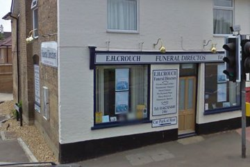 E H Crouch Funeral Directors, Hitchin