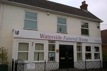 Waterside Funeral Home, Holbury