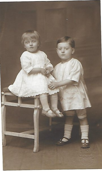 frank age 2 with sister mabel