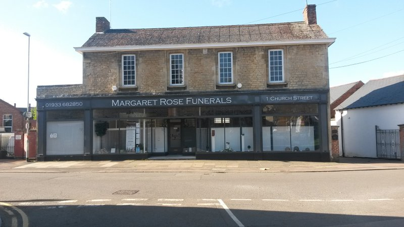 Margaret Rose Funerals, Finedon, Northamptonshire, funeral director in Northamptonshire