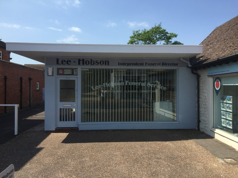 Lee-Hobson Funeral Service, Chichester
