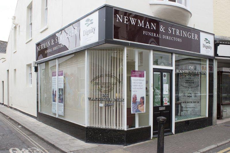 Geo Newman & W A Stringer Funeral Directors