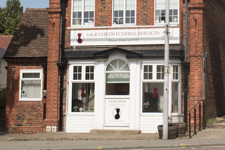 S & R Childs Funeral Directors, Headington