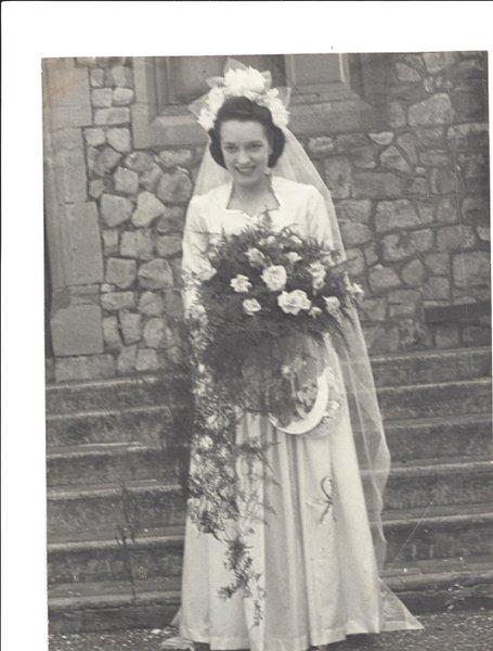 Doris on her wedding day 1948