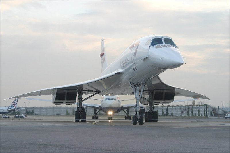 Concorde followed by B777.  James would have approved.