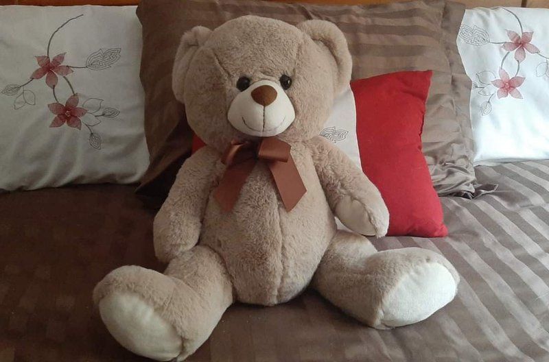 Will always treasure my Bear from Millicent.   Condolences to Gaynor and Family from across the Pond.