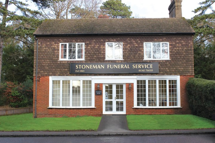 Stoneman Funeral Service Crawley Down